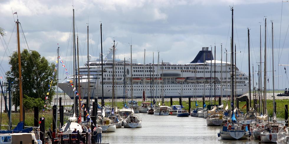 Startseite Foto Kreuzfahrtschiffe